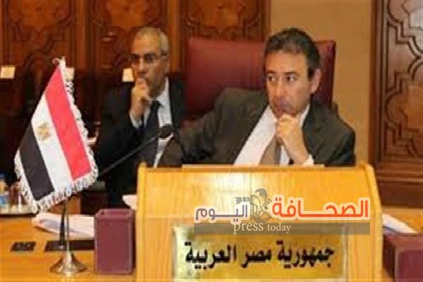 وفد  عسكرى عماني يزور مصر