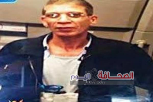 تعرف على السجل الجنائى لمختطف الطائرة المصريه
