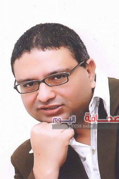 محمد شمروخ يكتب علي الفيس …لما السيسي سأل انتوا مين