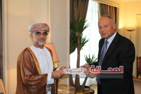 العيسائى : سلطنة عمان دائما مع الإجماع العربي