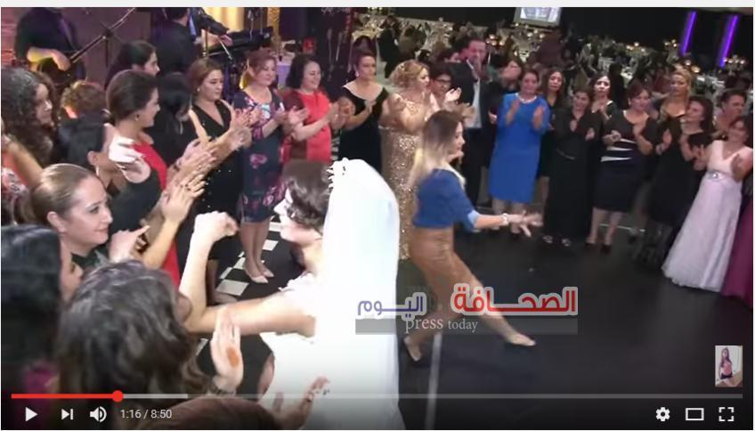 """شاهد : فتاة تتحدى العروس فى الرقص على أغنية """"سلامات"""""""