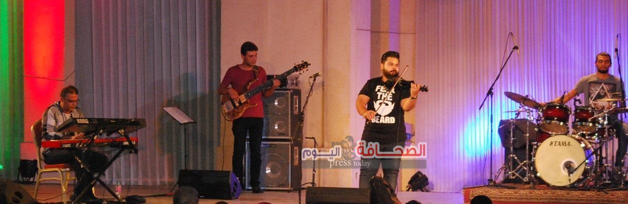 إفتكاسات موسيقية ومحمد رشاد فى أمسية متنوعة بمهرجان القلعة