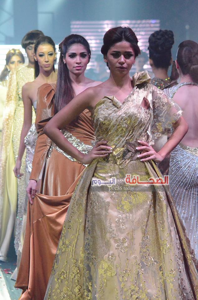 f8611e143 بالصور .. أحدث خطوط موضة 2016 فى عرض أزياء على نيل القاهرة – الصحافة ...