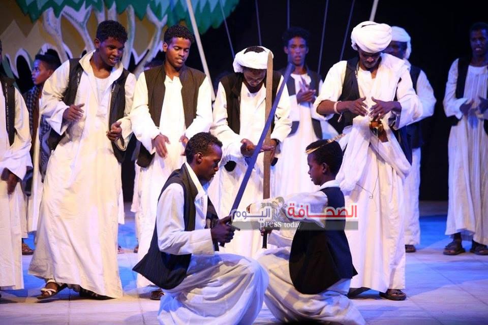 بالصور : ليل غنا ودهب الشلاتين بالمهرجان القومى للمسرح