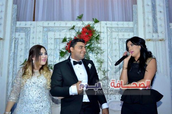 بالصور : رشاد وجنات وأمينة في زفاف مصطفي ونيرة