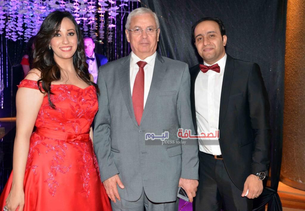 وزير التعليم السابق احمد جمال وشقيق العرس