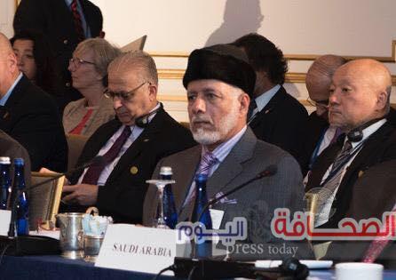 يوسف بن علوي  يلتقى مشيرة خطاب المرشحة  لمنصب مدير اليونسكو