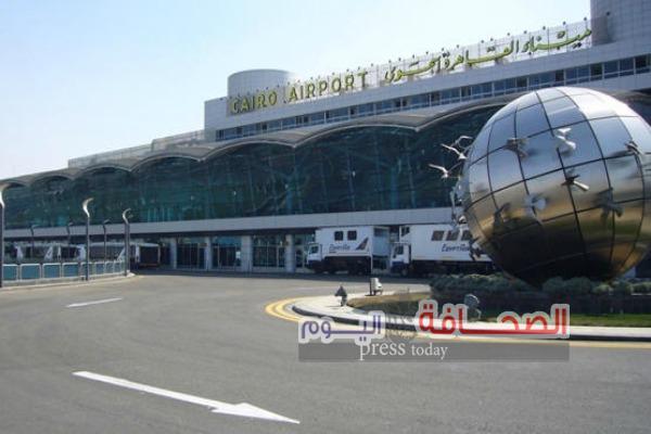 مطارالقاهرة يتسلم شهادة الجودة العالمية Iso 9001:2008