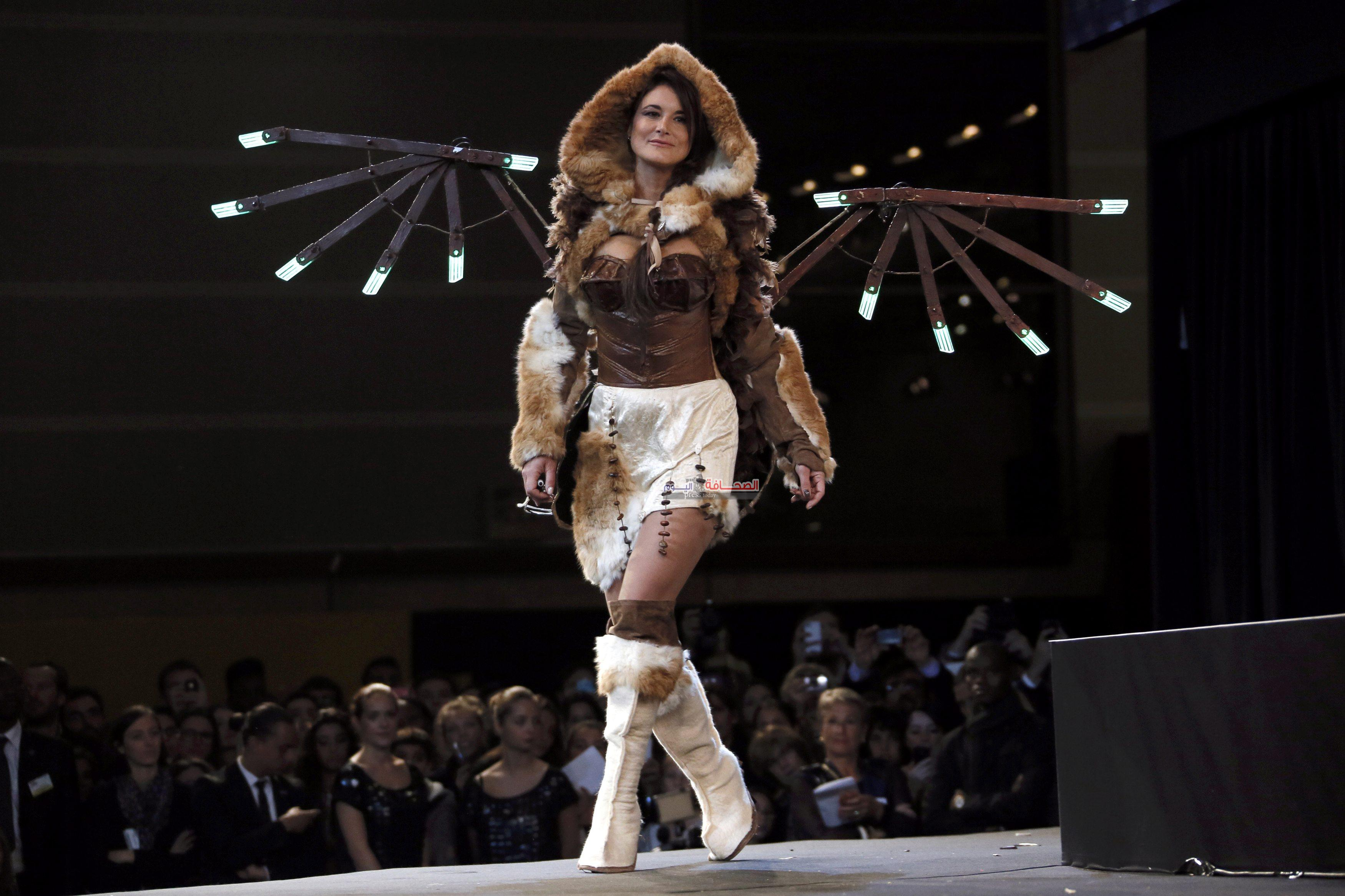A model presents a creation at the 20th Salon du Chocolat, (Paris Chocolate Show) in Paris October 28, 2014.         REUTERS/Gonzalo Fuentes (FRANCE  - Tags: SOCIETY FASHION)