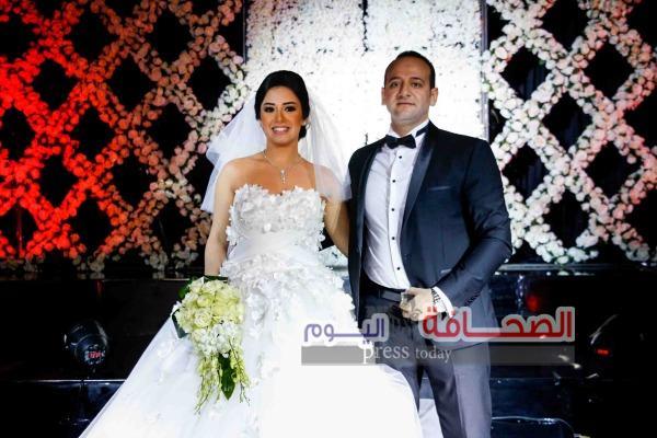 بالصور : نجوم المجتمع فى حفل زفاف حفيد وزير العدل أكرم و الآنسة سالى