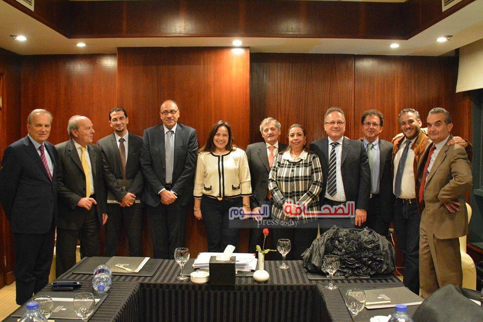 بالصور ..  أول إجتماع للغرفة التجارية الإيطالية بالقاهرة بعد حادث ريجينى