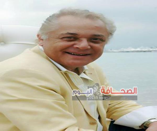 نيفين الكيلاني تنعي رحيل الفنان الكبير محمود عبد العزيز