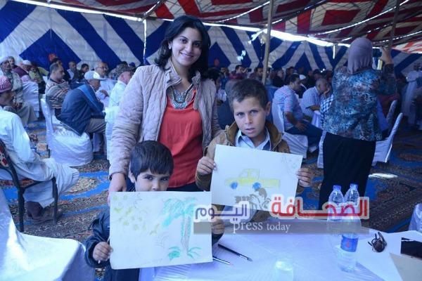 بالصور :إبداعات التشكيليين  ترسم مستقبل مصر الزراعي  بسهل الفياضة