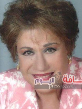 تكرم الفنانة سميحة أيوب بمهرجان المسرحي الكوميدي الأول  في سلطنة عُمان