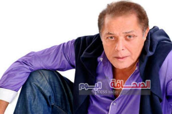 تشييع جثمان النجم محمود عبد العزيز بمقابر الأسرة بالأسكندرية