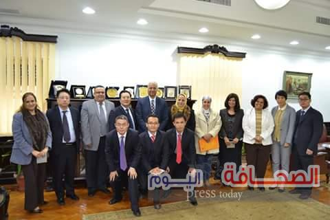وفد صينى يزور جامعة الأسكندرية