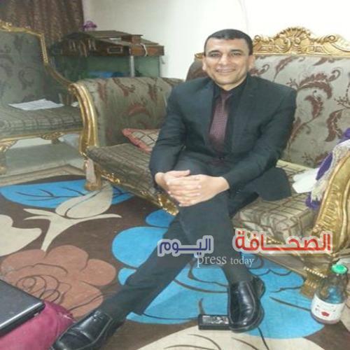 الكاتب الصحفى :حسنى كمال يفوز بجائزة التفوق الصحفى ويحرز هدف القسم الدينى بالأهرام