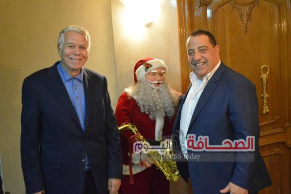 بالصور .. وزراء وسفراء وفنانون فى إحتفالية بمناسبة العام الجديد