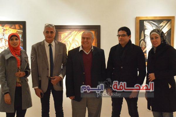 بالصور .. إفتتاح معرض الفنان أيمن صلاح طاهر  بقاعة الباب بالأوبرا
