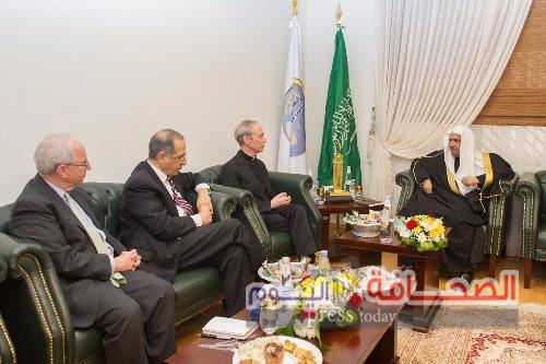 د. العيسى:محاربة الإرهاب بالتصدي لجذور تغذيته الفكرية