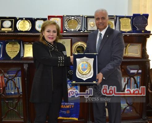 جامعة الأسكندرية تستقبل رئيس الإتحاد النوعى للأندية الروتارية