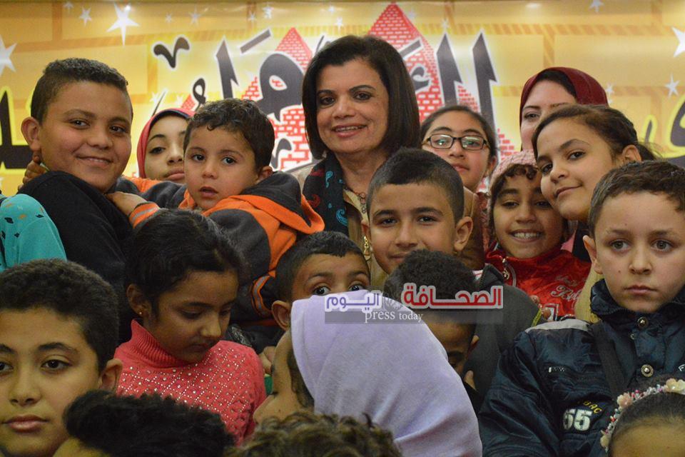 بالصور ..إقبال كبير على جناح  مجلة علاء الدين خلال فعاليات معرض الكتاب