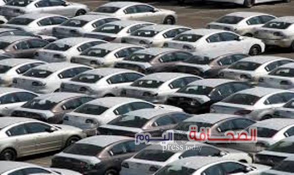 شلل فى سوق السيارات حالة وصول الدولار الجمركى إلى 17 جنيه