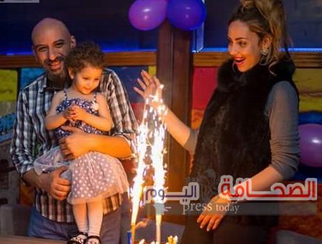 عارضة الأزياء سلمى المشد  وزوجها يحتفلان بعيد ميلاد طفلتهما