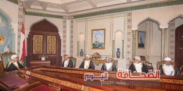 السلطان قابوس ترأس اجتماعاً لمجلس الوزراء لمناقشة الأوضاع المحلية والإقليمية والدولية