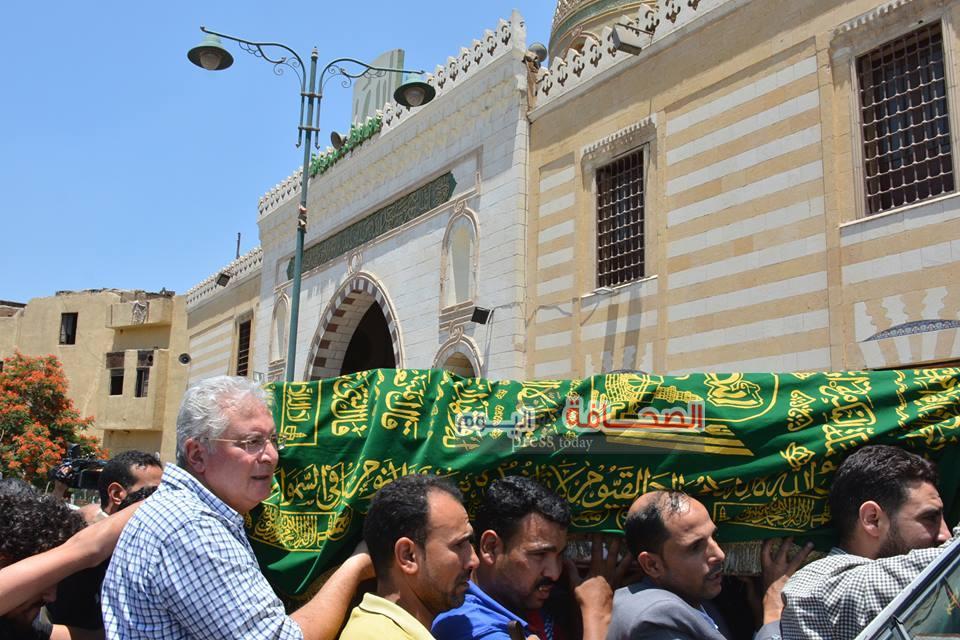 تشييع جنازة الإعلامية صفاء حجازى  من مسجد السيدة نفيسة