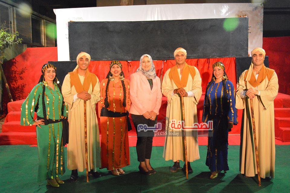 بالصور .. فرقة رضا بالمركز الثقافى المصرى