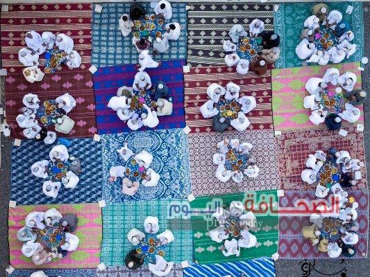 صورة لإفطار جماعى عمانى أبهرت رواد التواصل الإجتماعى