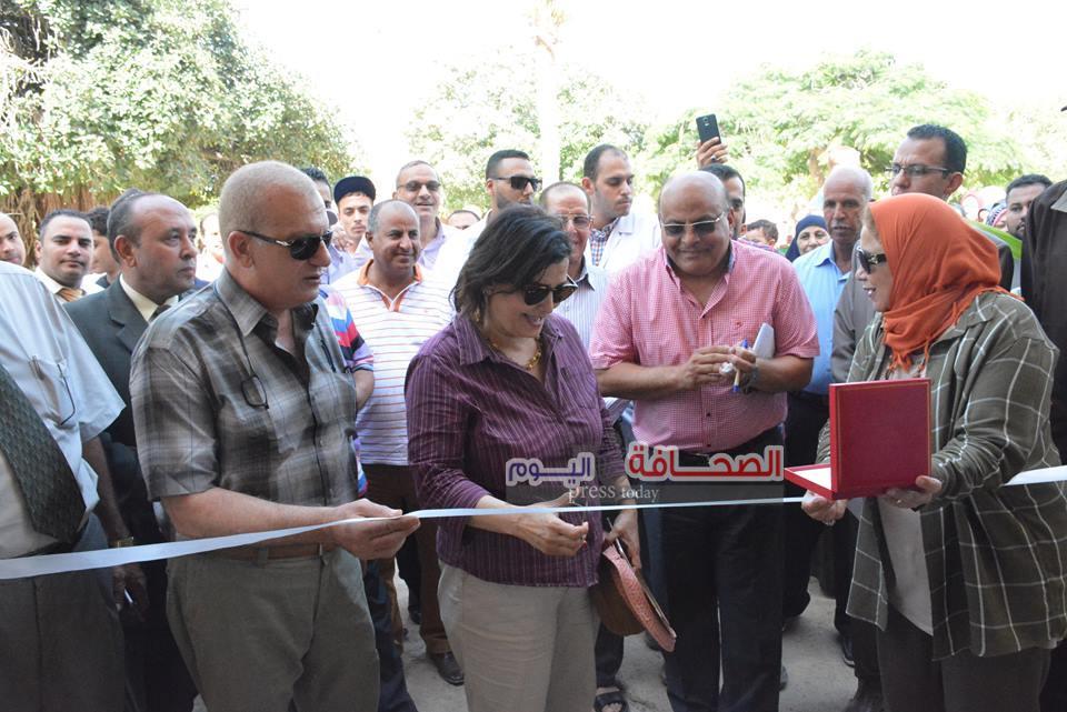 بالصور .. د.منى محرز تفتتح حديقة الحيوان بالأسكندرية بعد تطويرها