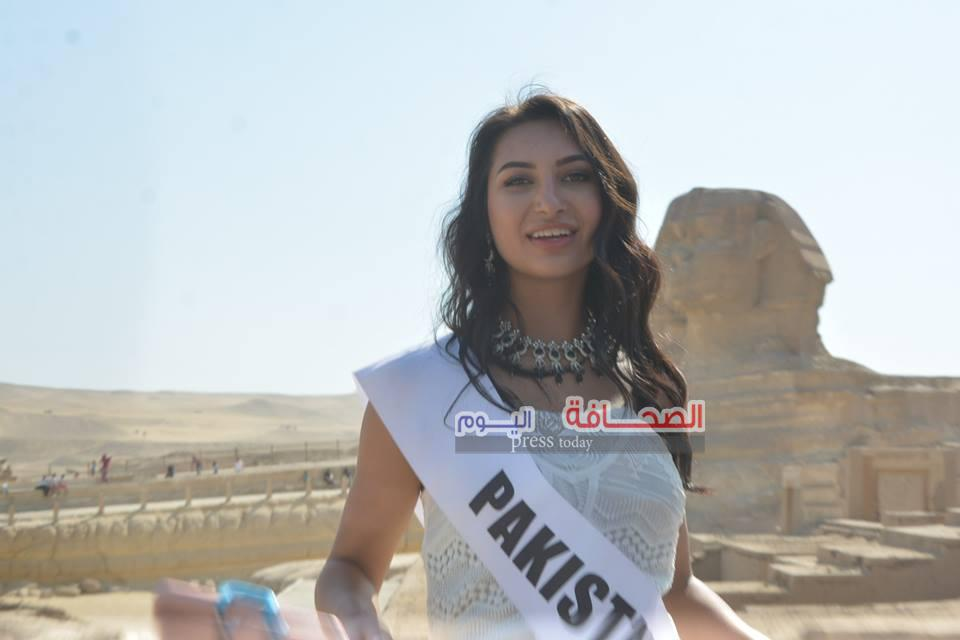 بالصور .. إنجليكا ملكة جمال السياحة بباكستان تزور تمثال أبو الهول