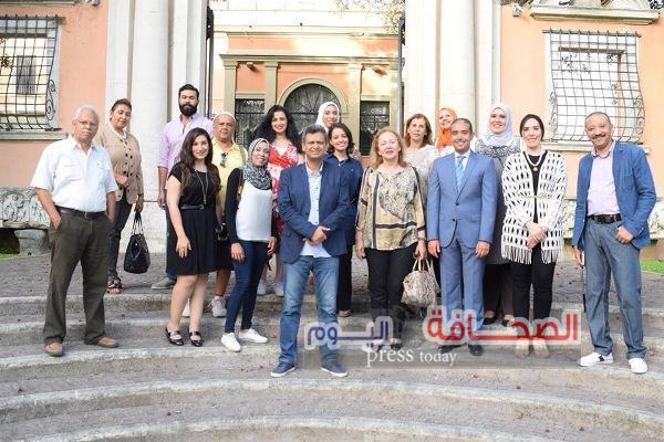 قنصل مصر بروما يستضيف أعضاء (فن بلا حدود)