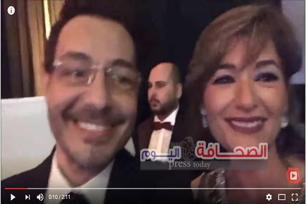 بالفيديو| رقص احمد زاهر يشعل فرح مصطفى خاطر نجم مسرح مصر