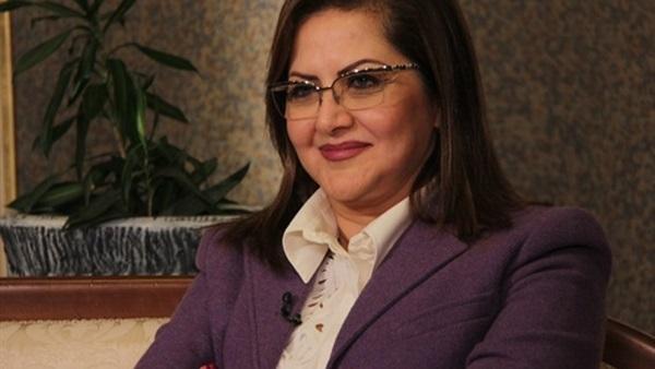 وزيرة التخطيط تتوقع ثلاثية مصرية أمام منتخب الكونغو.