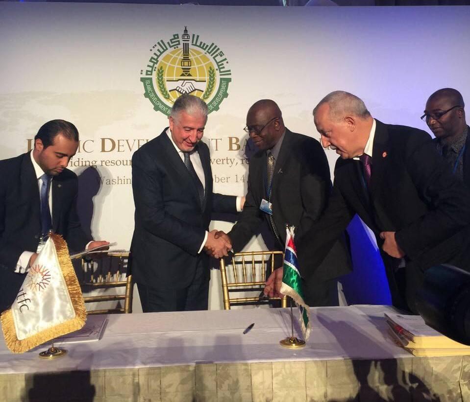 المؤسسة الدولية الاسلامية لتمويل التجارة تدعم قطاع الطاقة في غامبيا بـ 45 مليون دولار امريكي.