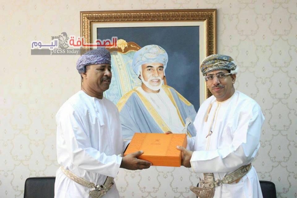 الملتقى العربى الدولى يكرم د. عبد المنعم الحسنى