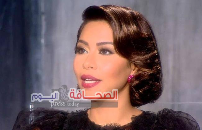 شيرين عبد الوهاب تتراجع عن الهجرة لبيروت وتنفي الزواج من شاب لبناني