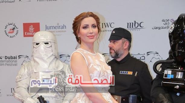 نسرين طافش تفوز بأجمل أطلاله بمهرجان دبي السينمائي