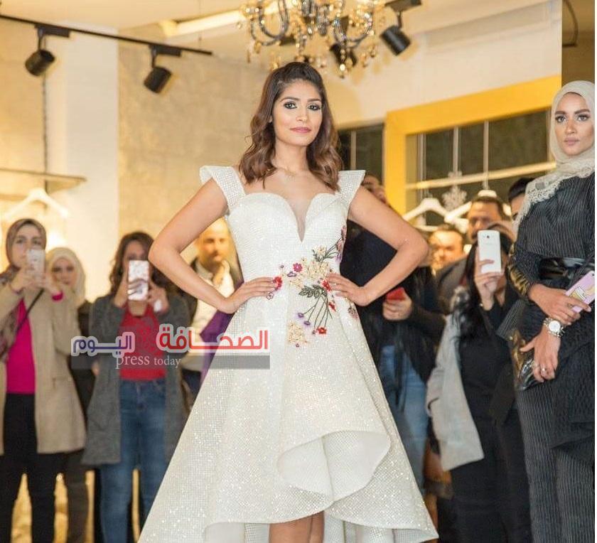 نجوم الفن يشاركون المصمم السورى (لحمونى) عرض أزياء الشتاء