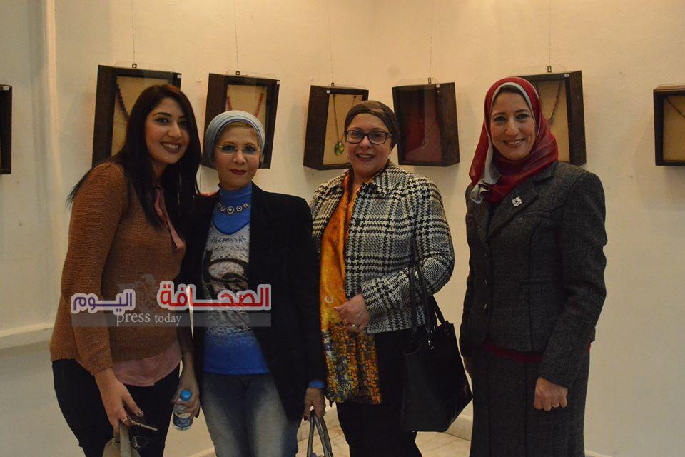 إفتتاح معرض لمسات للفنانة وهاد سمير