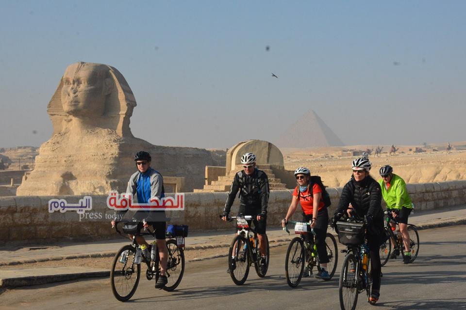 """بالصور .. إنطلاق رالى دراجات """"من مصر إلى أفريقيا """"ببانوراما الأهرامات"""