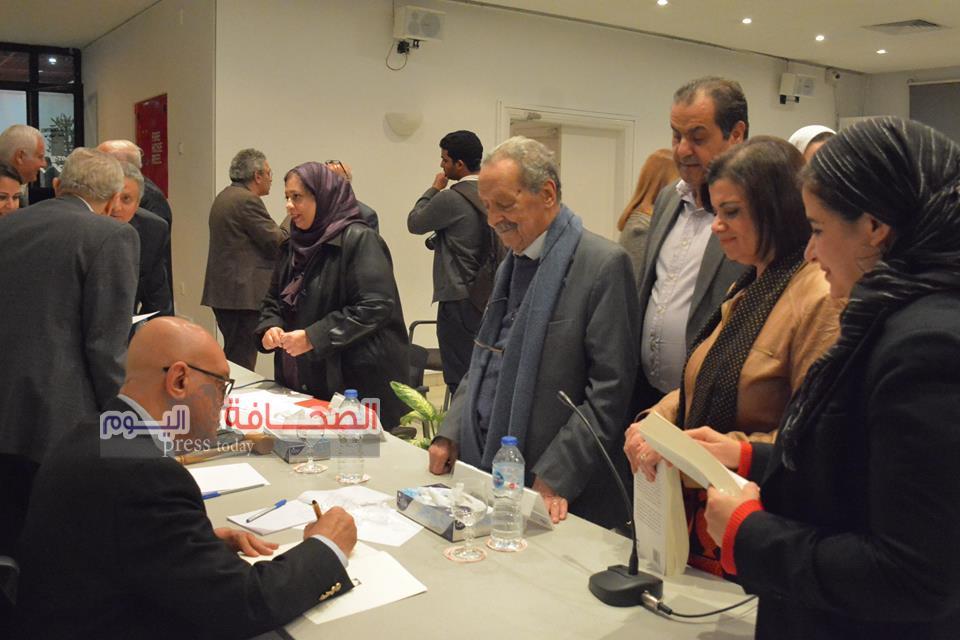 """سلماوى يوقع الطبعة الثانية من كتابه """"يوما أو بعض يوم """"بمكتبة مصر العامة"""