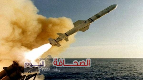 القوات الأمريكية والبريطانية والفرنسية تضرب سوريابأكثر من 100 صاروخ