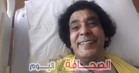 """""""محمد منير"""" يغادر المستشفى قريبآ"""