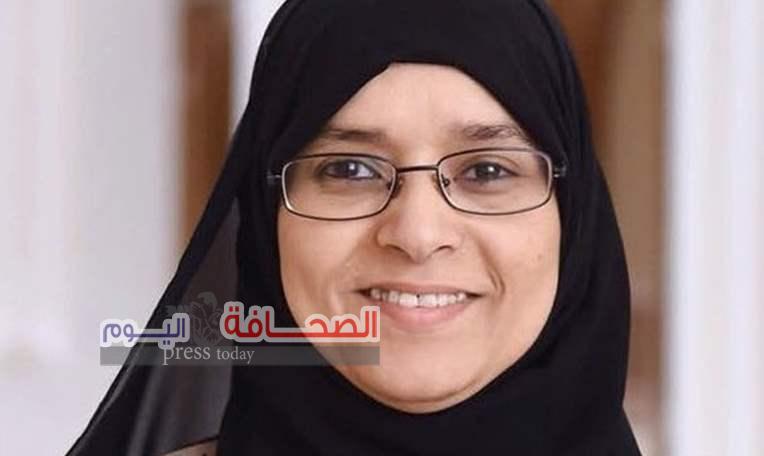 د. منىالسعدون عميدة لكلية الطب والعلومبجامعة السلطان قابوس