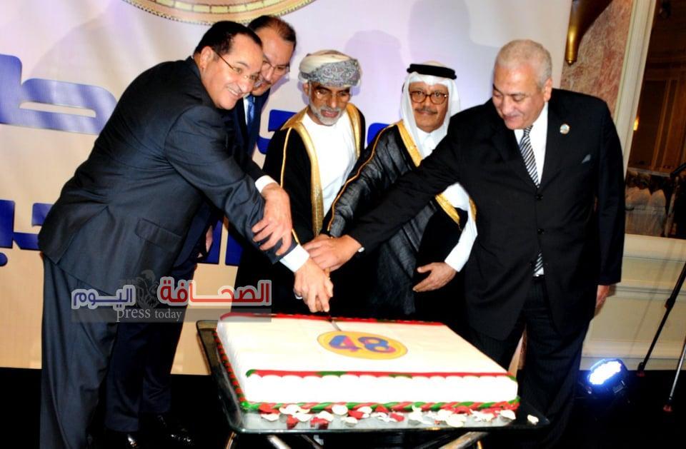 كبار رجال الدولة يشهدون إحتفالية سلطنة عمان بالعيد الوطني 48