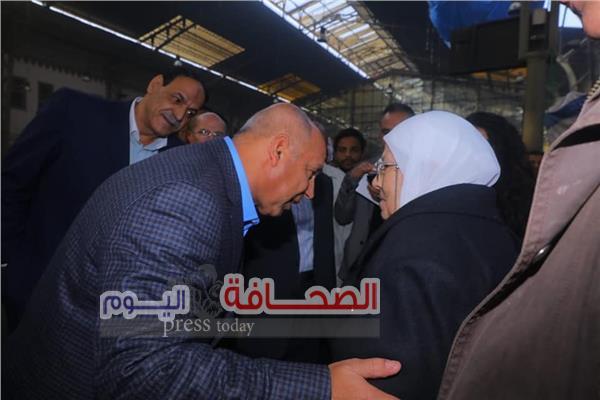 كامل الوزير: يصل محطة سيدى جابر ويقيل نائب رئيس هيئة السكة الحديد للشئون المالية